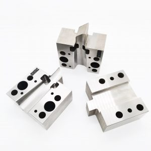 cnc milling services 3 axis-1